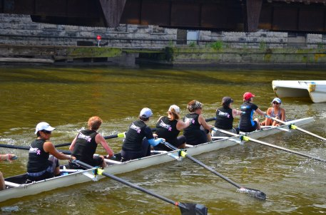 Milwaukee River Challenge 2018 with the rock star Coach Monica in the coxswain seat. I'm in the 7 seat.